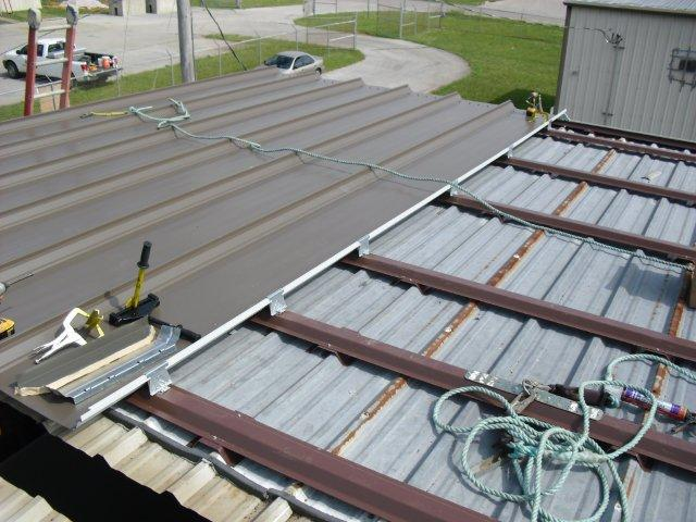 tn-retrofit-roof-standing-seam-hat-channels-steel-building